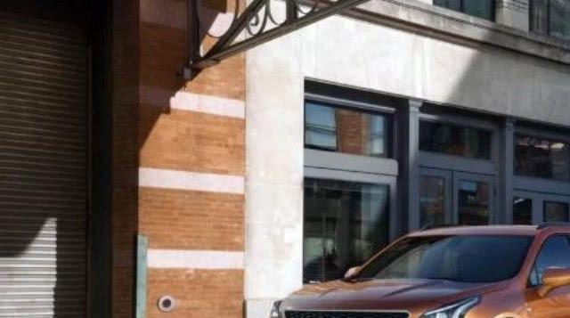 凯迪拉克XT4第一驱动器:这个紧凑交叉将是品牌的顶级卖家