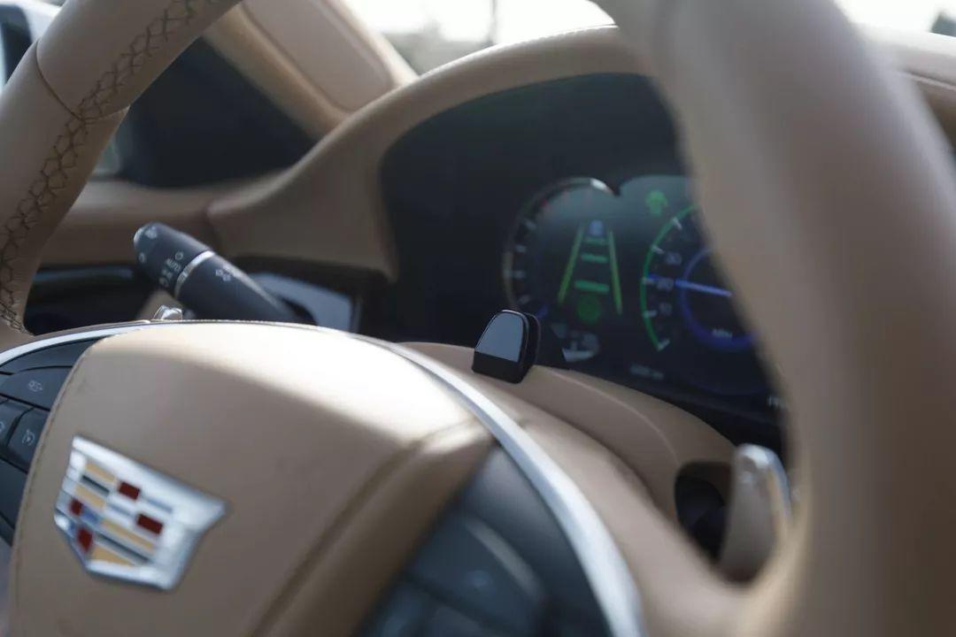 通用 SuperCruise 登陆中国:开车不用握方向盘你怕了吗?