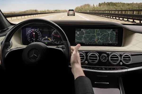 豪华车全新标准的建立者 试驾梅赛德斯-迈巴赫S560