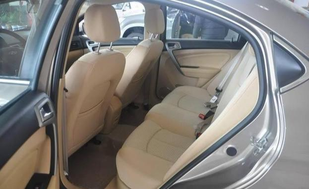 四轮独悬标配ESP, 比奥迪更安全,这台国产车当年只卖6万