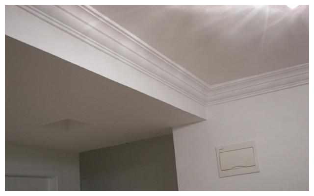 新房装修不做吊顶,只用石膏线好不好?师傅建议看完效果再决定!
