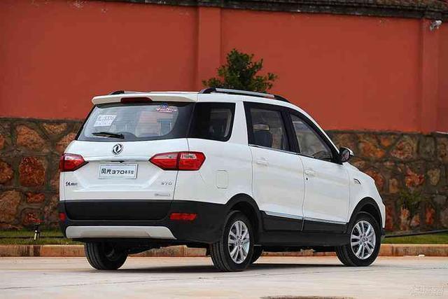 """又一款""""家用神车"""",搭载柴油发动机售价仅5万,还买啥五菱啊!"""