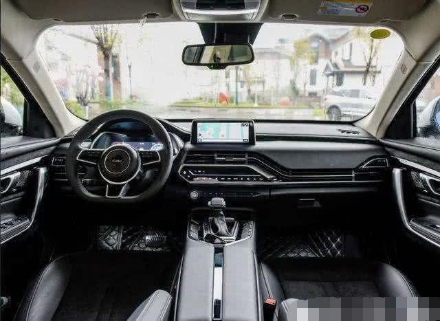 国产黑马SUV,颜值碾压国产车,售价7万起,众泰T500强势来袭