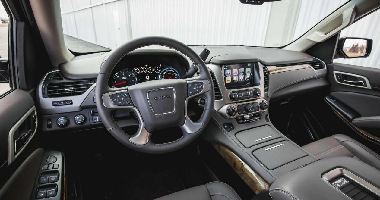 狂野男人的专属, 2018 GMC Yukon大型7座SUV