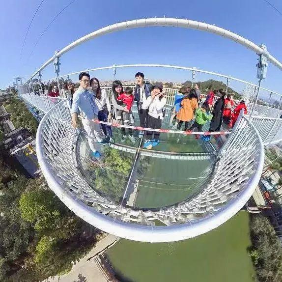广州出发38分钟!广东首座会碎夜光3d玻璃桥!恐怖过蹦极一万倍图片