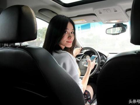 她没有违章、也没有发生交通事故, 为什么注销她的<em>驾驶执照</em>?