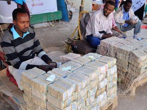 中国投资18亿美元,这国将人民币立为法定货币!还对中国落地签?