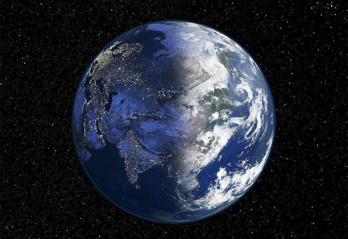 在我们太阳系中的所有其他行星中,地球的表面有70%是水.图片