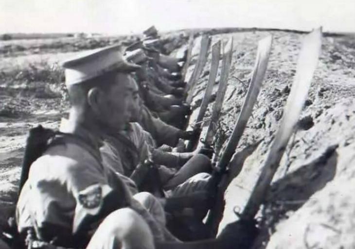 抗战罕见老照片,一寸山河一寸血,向抗战老兵致敬