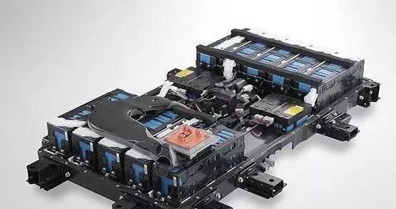 锂电池底价重大电动!突破里程扩大3倍,续航汽相差s级技术与奔驰标价多少图片
