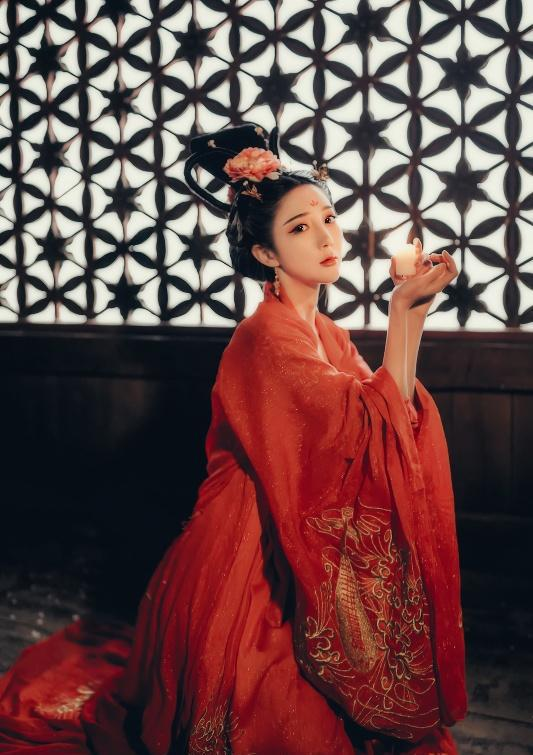 古风美女红衣宫廷后宫写真 古装头像壁纸 红衣惊艳美人