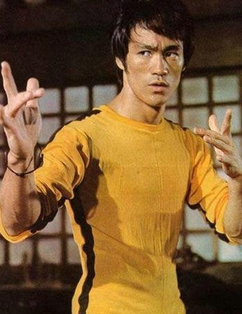 李小龙VS李连杰动作大赏,两种风格的格斗!