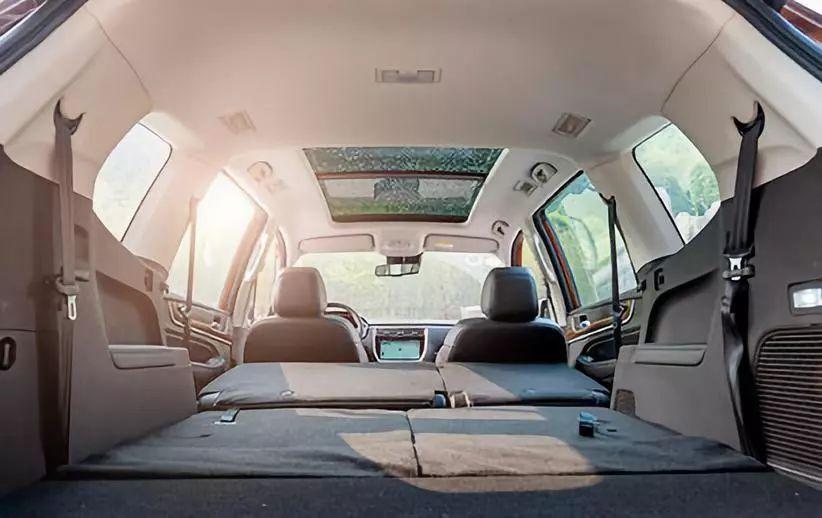 荣威RX8如何搅动国内中大型SUV的细分市场?