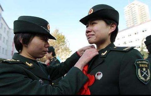 军事资讯_军事资讯:和平时代下的士兵都怎样训练?网友:看完只有