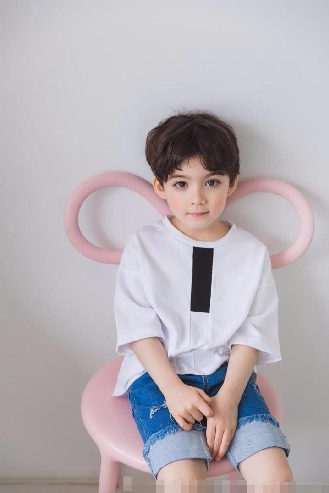 《爸爸6》范丞丞要带的素人娃照片公开 诠释这么可爱一定是男孩子