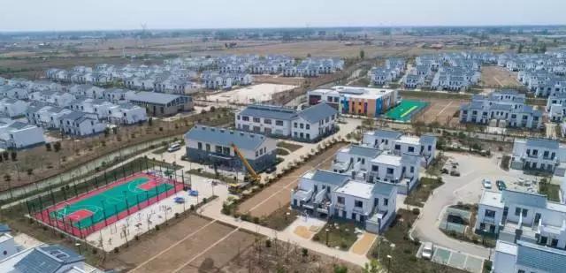 阜宁风灾一年后,66岁的老王即将入住140平米的新家