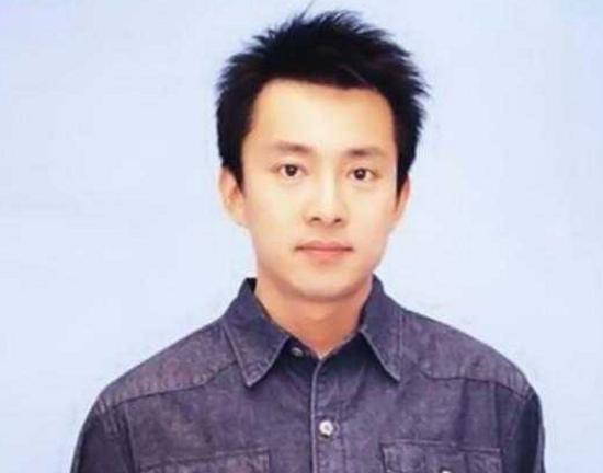 中国最帅最年轻总裁_曾是央视最帅主持人,红过撒贝宁,如今成爱奇艺总裁