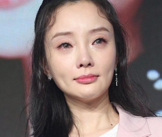 罗志祥女友撞脸李小璐,差距尴尬,网友:终于见识了高级的网红脸