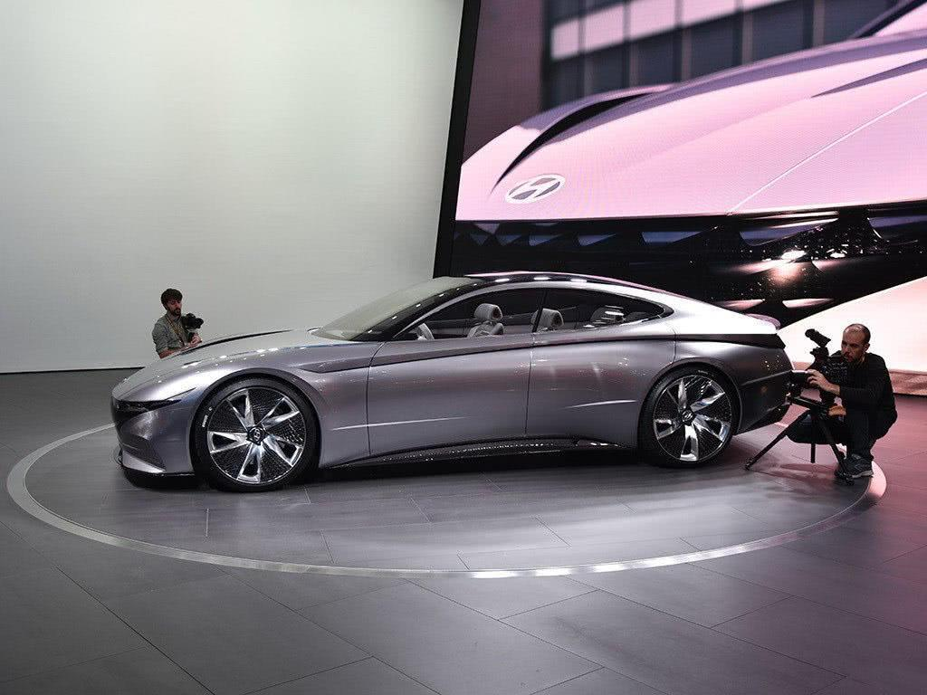 诠释未来!韩国现代的旗舰轿跑,颜值炸裂比肩奔驰、奥迪!
