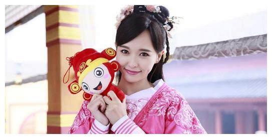 唐嫣出演过的电视剧中的发型,紫萱,萧清,你最喜欢哪一角色怎么弄景甜的图片