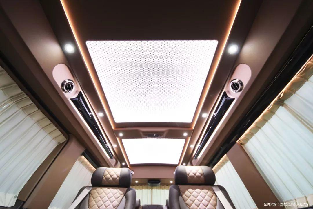 大众也能玩奢华范儿,进口大众T6改装房车内饰