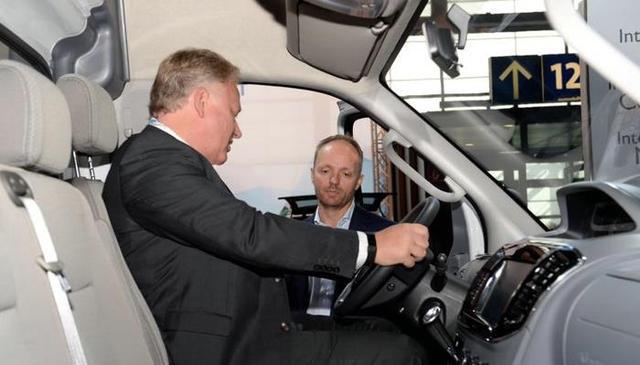 这款纯电动车欧洲上市引发经销商争抢代理权 海外版图已扩至45地