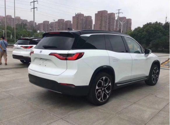 中国人自己造的车!百米加速4.4秒仅28万,开卖当天破1万辆