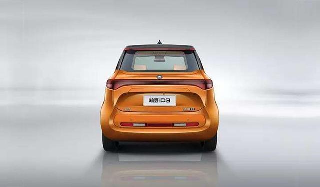 外观类似奔驰Smart,打开车门全是屏幕,9万适合上下班代步了