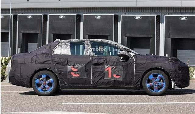 最美国产车曝光,比保时捷还好看,2.0T动力,果断放弃思域!