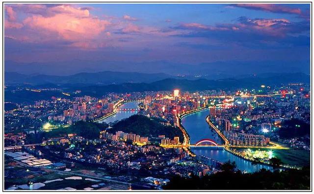 广东未来应该重点发展哪个城市?