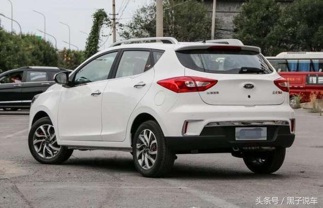 为赢宝骏510和瑞虎3X江淮拼,全新SUV内饰媲美宝马,仅卖5万起