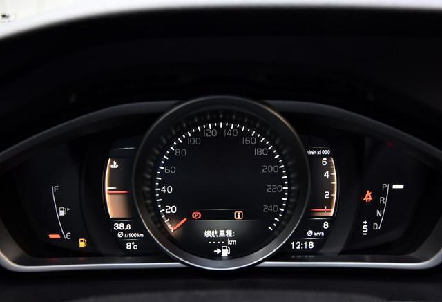 """又一""""白菜价""""进口车, 全系标配9安全气囊, 6秒破百, 油耗仅4毛"""