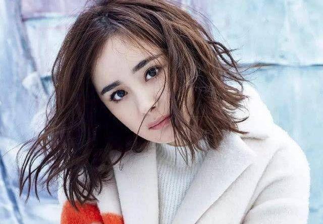 赵丽颖可爱俏皮,热巴帅气十足,女星短发你最喜欢谁?