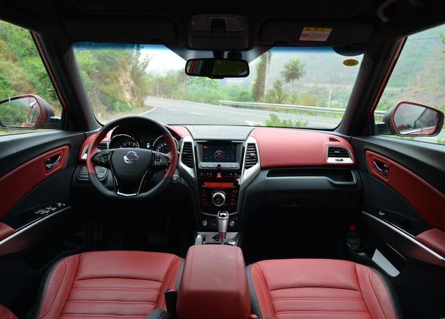 年轻人专属小型SUV, 这4款不仅颜值够高, 还省油