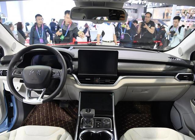 红旗走亲民路线后,首款纯电动SUV长这样,年底上市大家都买得起