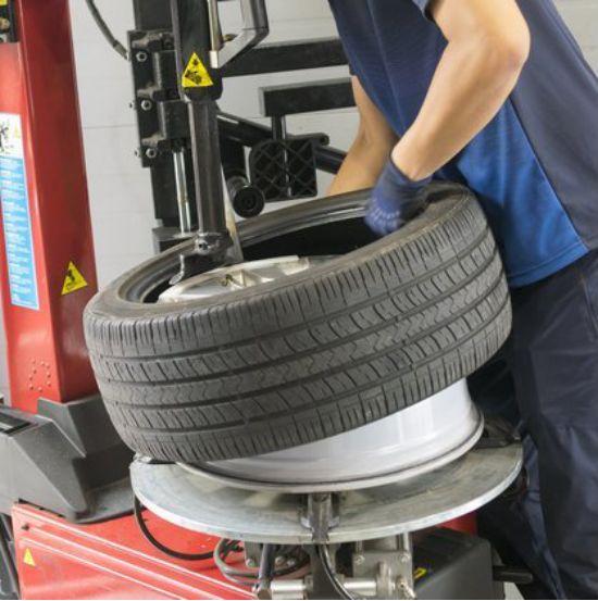还不知道轮胎是充氮气好还是充空气好?车叔告诉你答案!