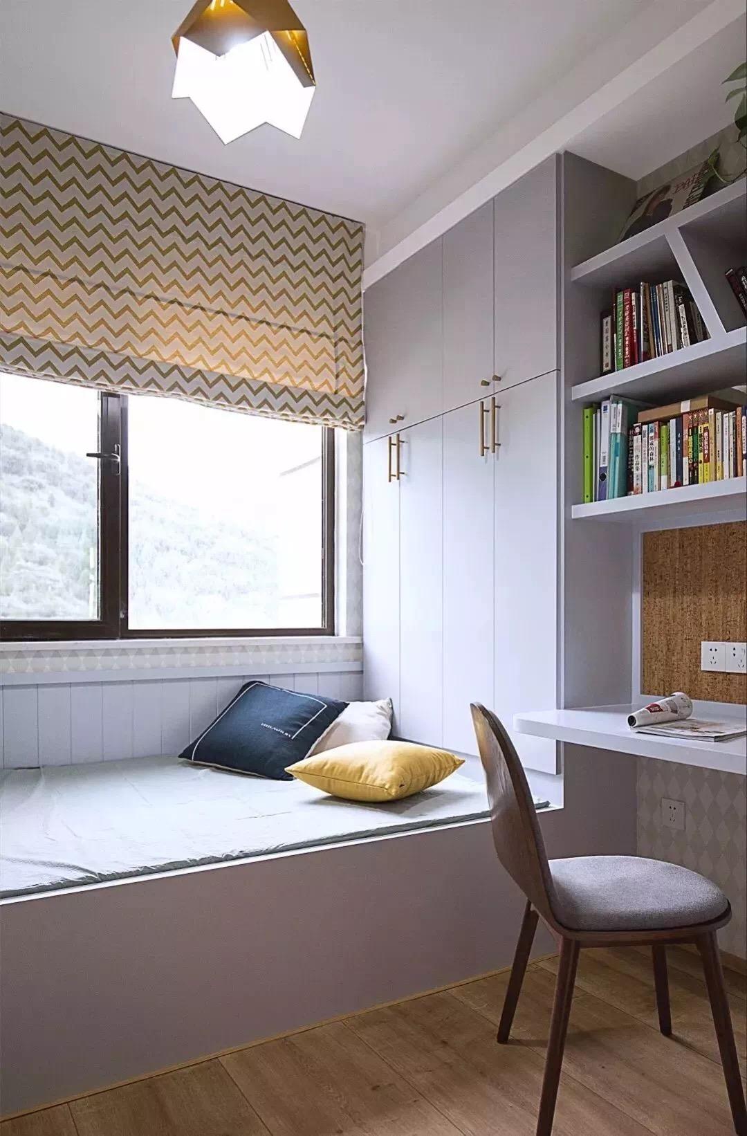 榻榻米床 衣柜 书架