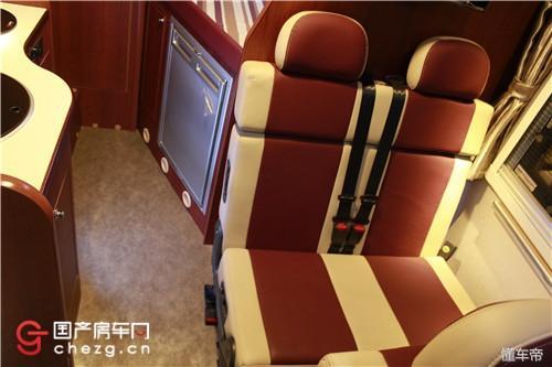 一款最适合群众的房车|实拍金杯海狮C型房车