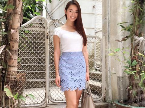 香港美女陈雅思生活自拍照气质出众