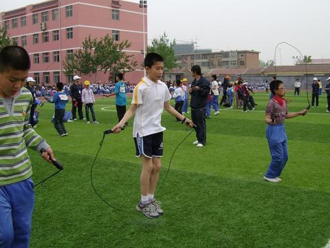 小学生学跳绳也有培训班?每节课200 家长趋之若鹜