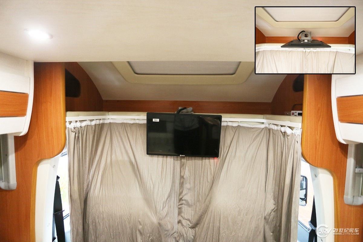 基于国产依维柯宝迪底盘打造 亚特房车PLASY 623实拍解析