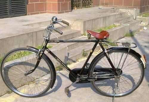 八十年代一辆永久自行车相当于现在多少钱?