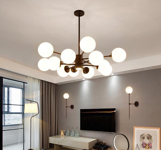 北欧风个性吊灯 越来越多的年轻人喜欢极简的北欧风格,家庭装修装饰