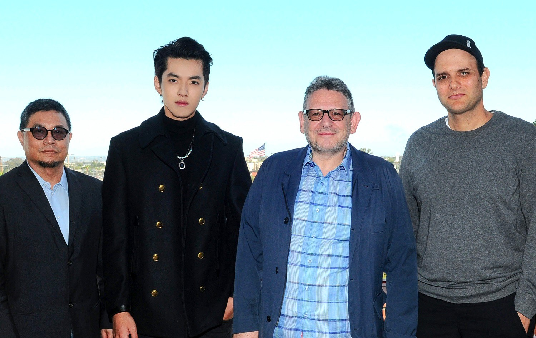 环球音乐集团签约全能创作型音乐人、音乐制作人—— 吴亦凡