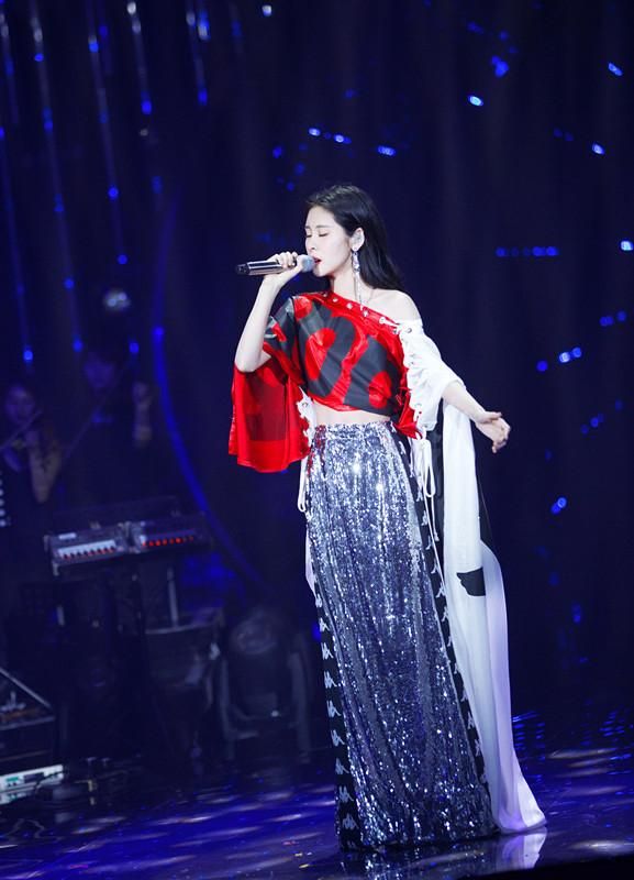 张碧晨极光演唱会今日正式开票 专辑新歌本周上线