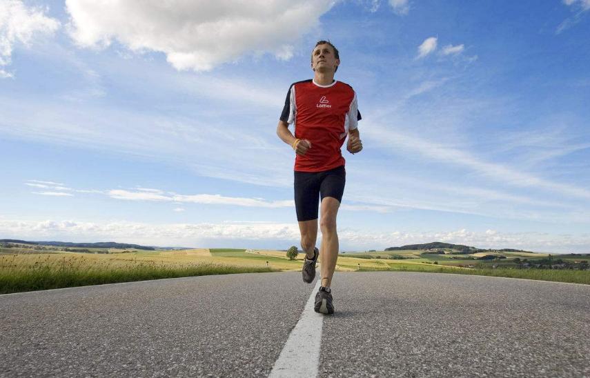 跑步究竟会不会影响我们增肌效果呢?