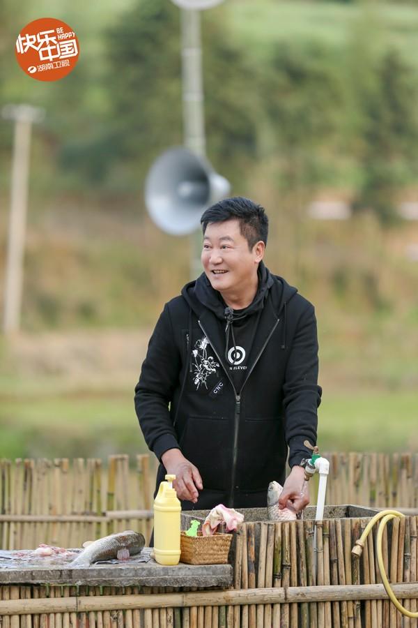 """《向往的生活》宋丹丹包袱连连成""""梗王""""黄磊感慨大家庭聚会挺好"""
