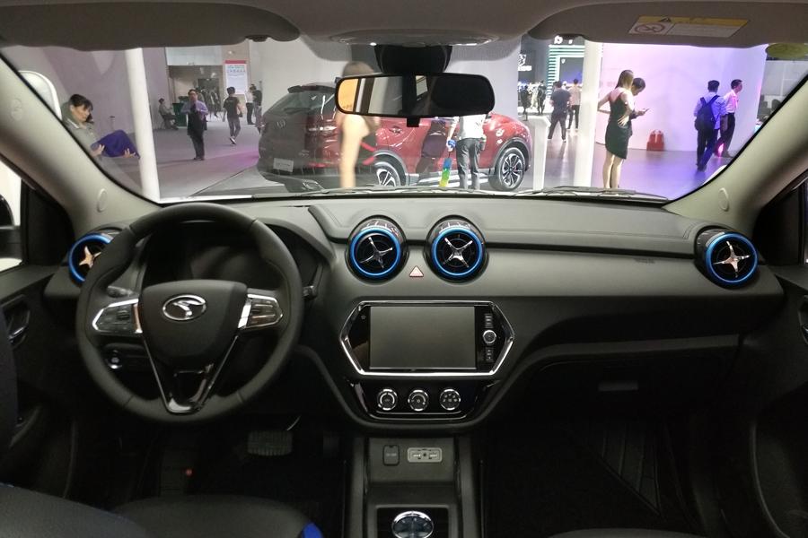 新能源SUV中冲出一匹黑马!东南DX3 EV400广州车展上市