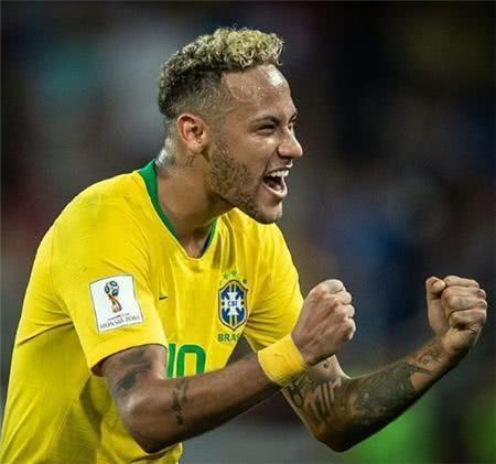 世界杯身价排行第一,发型宛如一碗图片