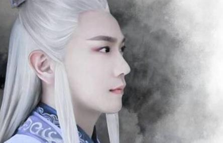 白发验颜值?男星白色长发造型,最经典的竟是外国的他?